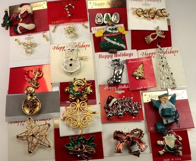 christmas pin sets christmas pins brooches christmas gifts assortment on cards snowmen christmas trees christmas wreaths - Christmas Pins