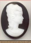 Glass Cameo<br>40 x 30mm - Jet Black<br>12 pieces for