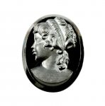 Glass Cameo<br>34 x 26mm<br>1 Dozen For