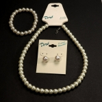 Three Piece Pearl Set<br>1 Set For